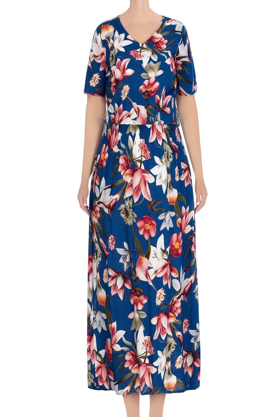 3ac0eb4b Długa, letnia sukienka chabrowa w czerwono-białe kwiaty 3439